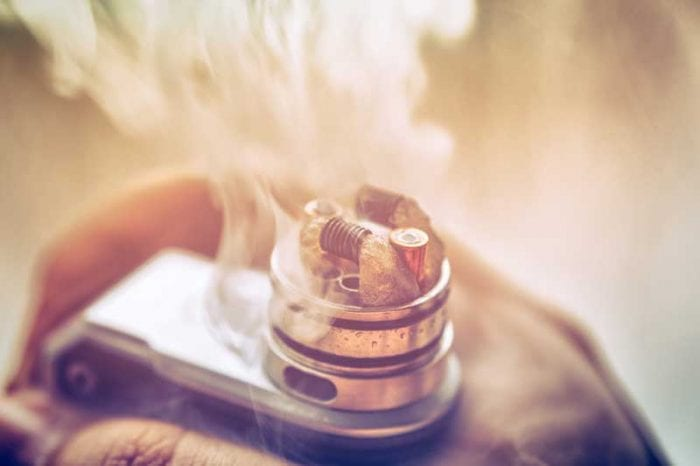 cotton wick on exposed vape coil